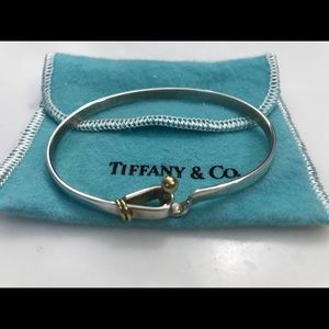 Jewelry - Tiffany & Co Vintage Hook & Eye Bangle Bracelet